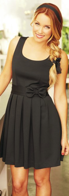 Lc--lauren-conrad-bow-pleated-ponte-dress