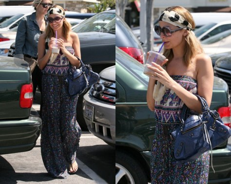 Nicole Richie goes shopping in Winter Kate Neela Romper