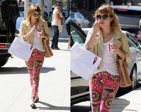 Emma Roberts in TEXTILE Elizabeth and James Deb Printed Skinny Jeans