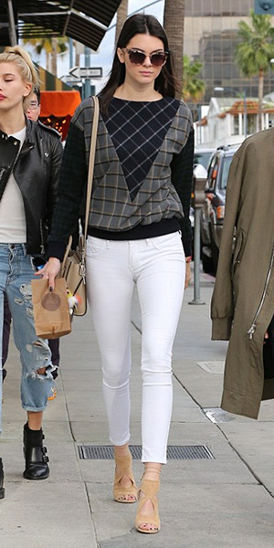 kendall-jenner-Band-of-Outsiders-Mixed-Plaid-Sweatshirt