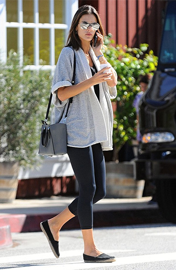 Cynjin Loose Gauge Fleece Chunk Rolled Sleeve Cardigan as seen on Alessandra Ambrosio
