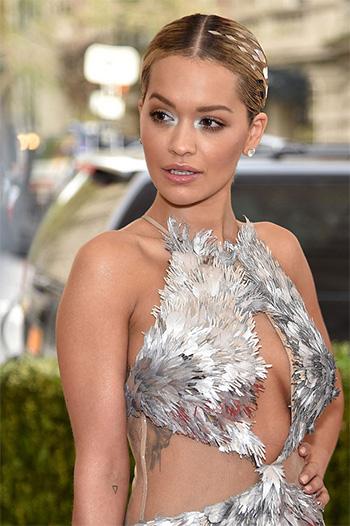 Rita Ora 2016 Met Gala Eye Makeup by Rimmel in Guilty Grey
