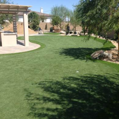 Phoenix area putting green