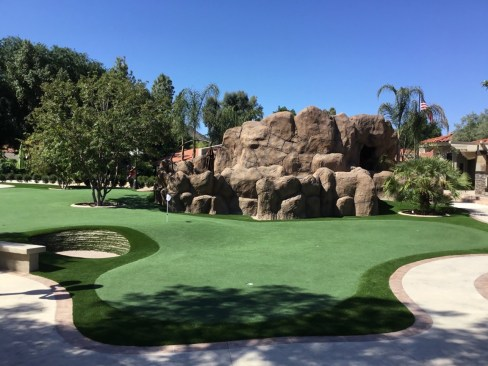 phoenix putting green installation