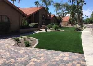 Phoenix artificial grass landscaping.