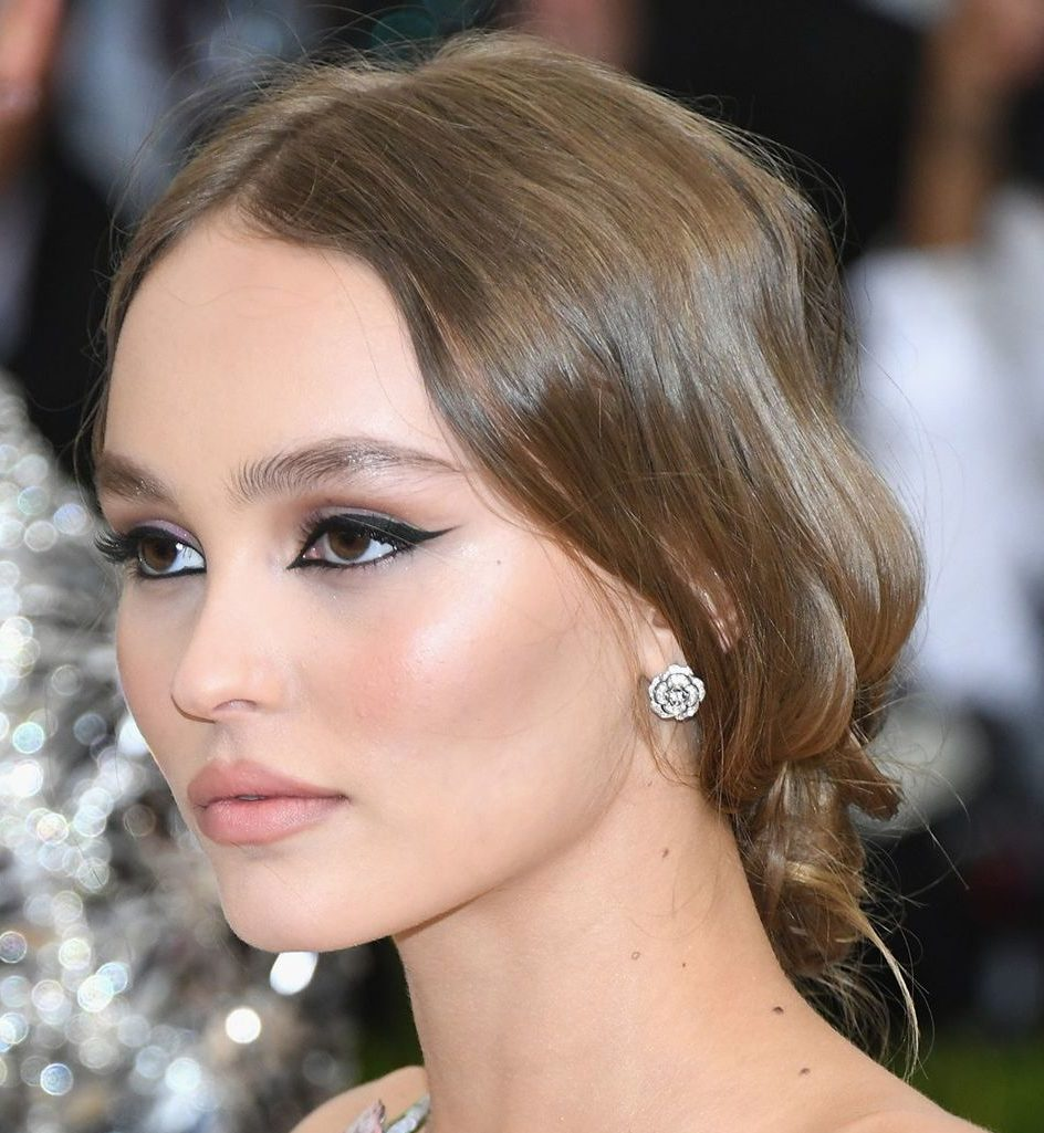 Lily Rose Depp Hair Color 2017 Celebrity Hair Color Guide