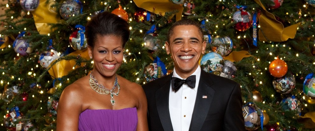 celebrity-homes-white-house-christmas-decorations-you-need-to-see-10