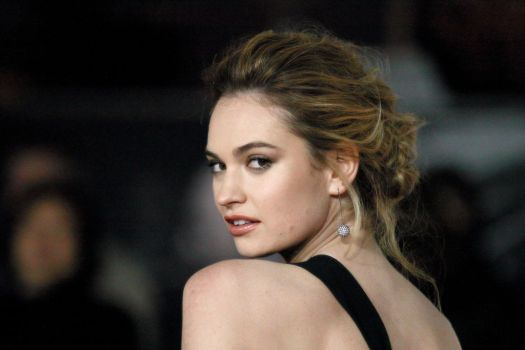 Lily James' Shoe Size and Body Measurements - Celebrity ...