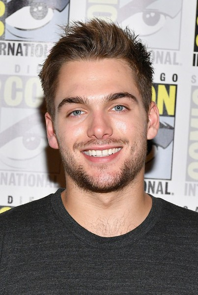 Dylan Sprayberry Age Weight Height Measurements