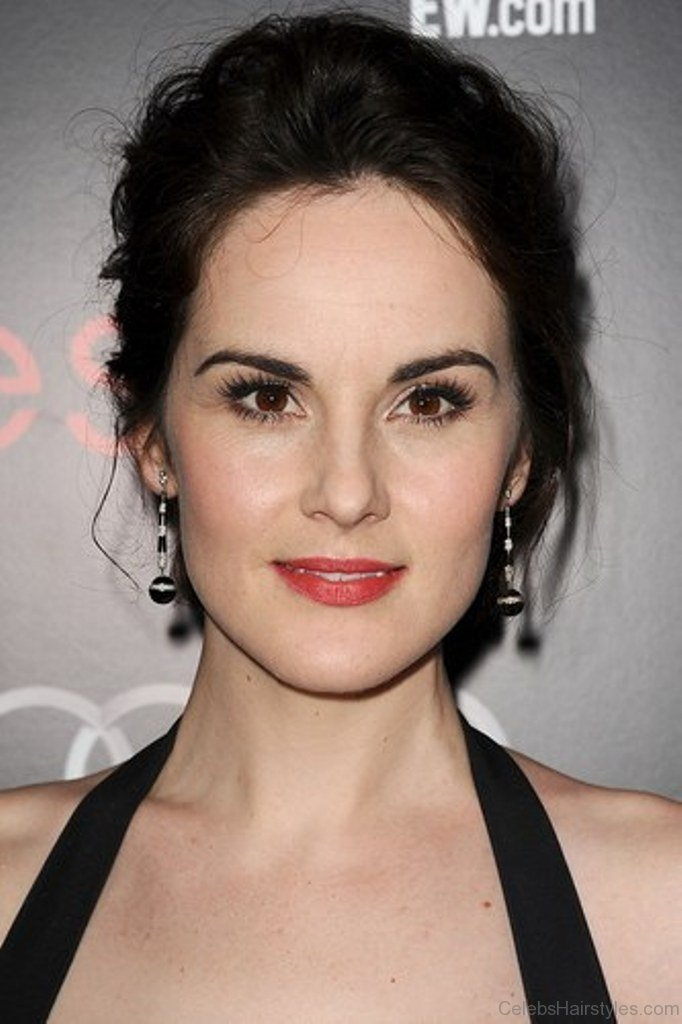 52 Michelle Dockery Attractive Hairstyle