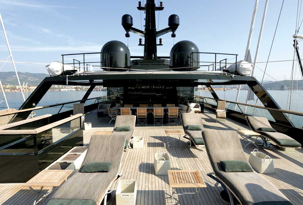 INSIDE SCOOP Giorgio Armanis Mysterious Dark Superyacht