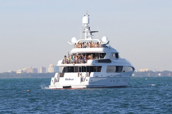 Entourage Cast Film Scenes For New Movie On Superyacht