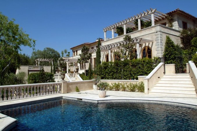 Lionel Richie's Mansion, Net Worth