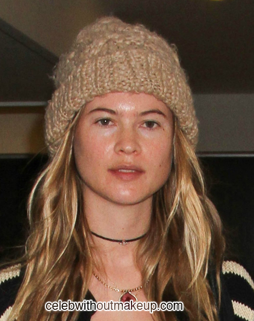 Behati Prinsloo Celeb Without Makeup 2