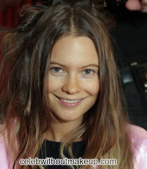 Behati Prinsloo Celeb Without Makeup 4