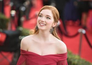 Annalise Basso age, Birthday, Height, Net Worth, Family, Salary