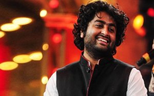 Arijit Singh age, Birthday, Height, Net Worth, Family, Salary