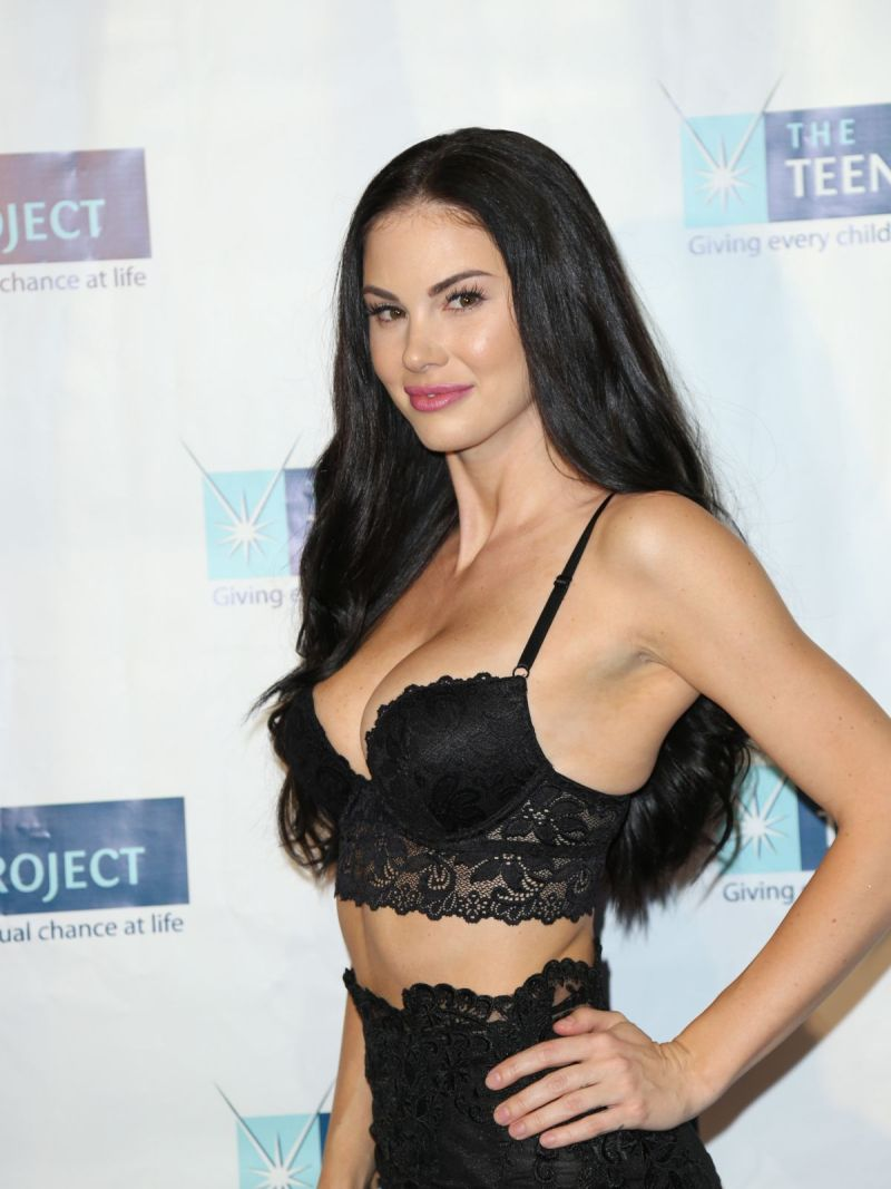 59f63e51fce Jayde Nicole At The Teen Project S Hollywood Red Carpet Event Celebzz