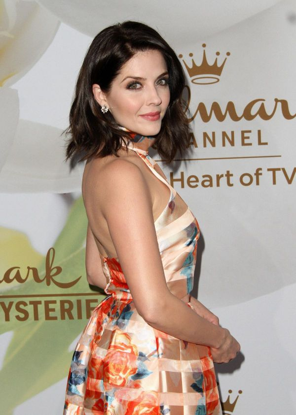Jen Lilley At Hallmark Evening event, TCA Summer Press ...