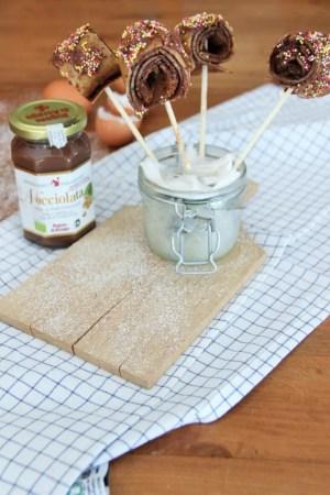 Crêpes sucettes: recette originale, facile et rapide de crêpes pour les enfants