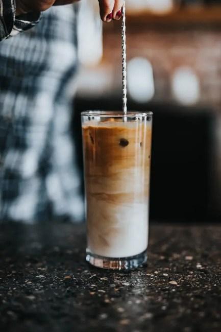 Découvrez cette recette de café frappé hyper facile et rapide à réaliser
