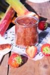 Découvrez ma délicieuse recette de confiture fraise - rhubarbe aux graines de chia