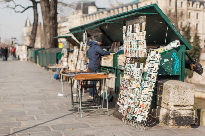 CélineChanPhotographie-Seance-Couple-Engagement-Paris-Ile-de-la-cité-16