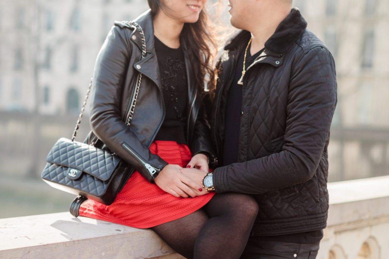 CélineChanPhotographie-Seance-Couple-Engagement-Paris-Ile-de-la-cité-9