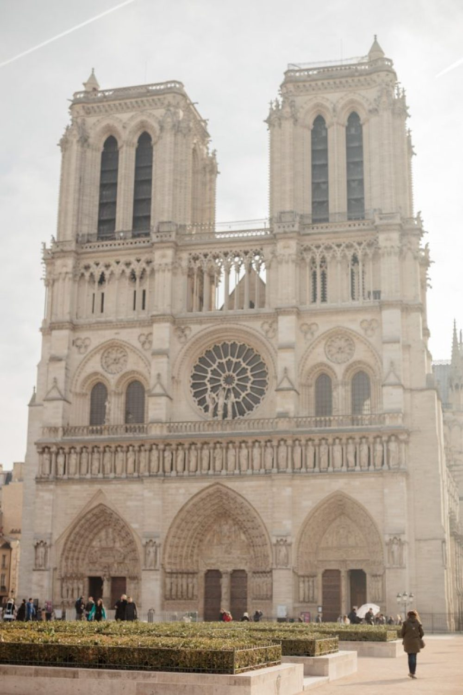 CélineChanPhotographie-Seance-Couple-Engagement-Paris-Ile-de-la-cité