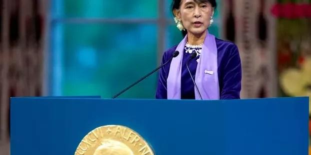 aung-san-suu-kyi-recoit-prix-nobel-paix