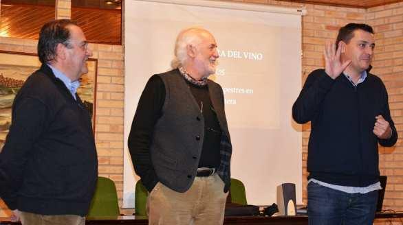 Presentación de la conferencia «Los lagares rupestres de la Litera» (foto Víctor Bayona)
