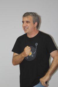 Pep Espluga en la presentación de LITTERA 5 en Alcampell (foto Sebastián Agudo / La Litera información)