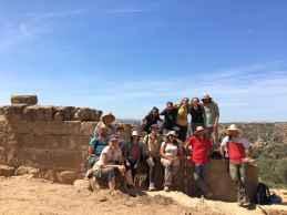 Equipo de la quinta campaña de excavaciones en Els Castellassos (foto equipo de excavación)