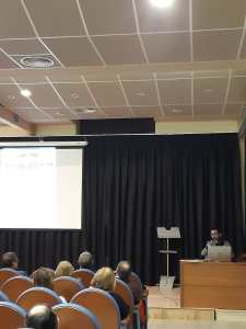 Aspecto parcial de la conferencia «Pintura y pintores en la Litera durante los siglos del gótico» (foto Silvia Isábal)