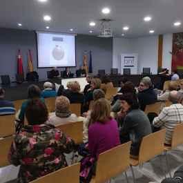 Un momento de la presentación en Binéfar del libro sobre Manuel María Coll (foto Félix Andreu)