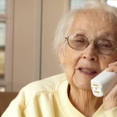 Cellulare per anziani: un acquisto utile