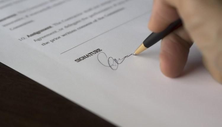 signature italian citizenship