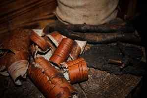verbranntes holz bringt schutz