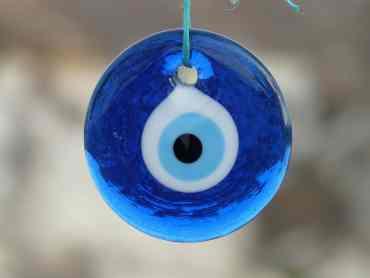 Ein Amulett das gegen den Bösen Blick wirkt