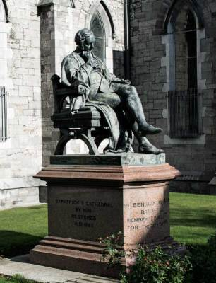 Benjamin Lee Guinness, statue outside St Patrick's Cathedral in Dublin