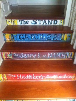 The stairs at Tubby & Coo's. (Photo Copyright 2016 Brian Keene)