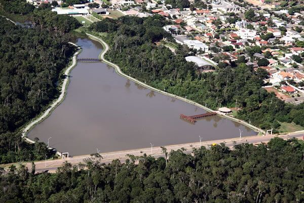 Lago Ernani José Machado.