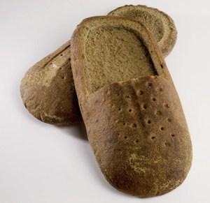 Zapatos comestibles hechos de pan Praspaliauskas 2
