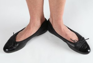 webmd_rf_photo_of_woman_wearing_ballet_flats