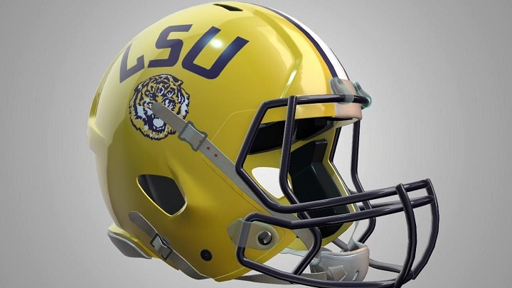 LSU helmet-min_1444258980488.jpg