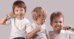 7 Trucos prácticos y sencillos para cepillar los dientes de tu hijo