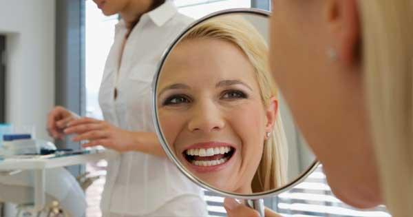 Aumenta tu autoestima sonriendo