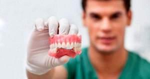 Conoce cómo trabajan los Protesistas o Prostodoncistas
