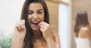 La psicología del hilo dental: ¿Cómo hacer de él un hábito?