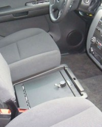 chevrolet_avalanche-ls_2008-2014_cv1014_under-seat-console